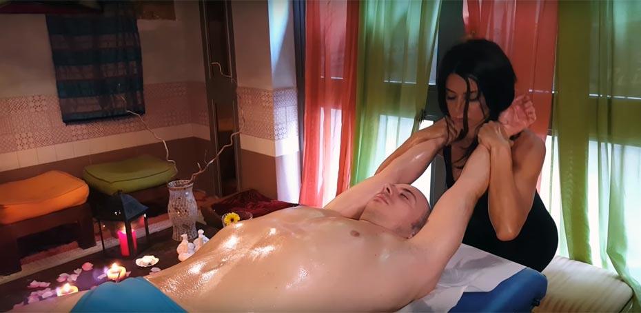 Частный эротический массаж на дому
